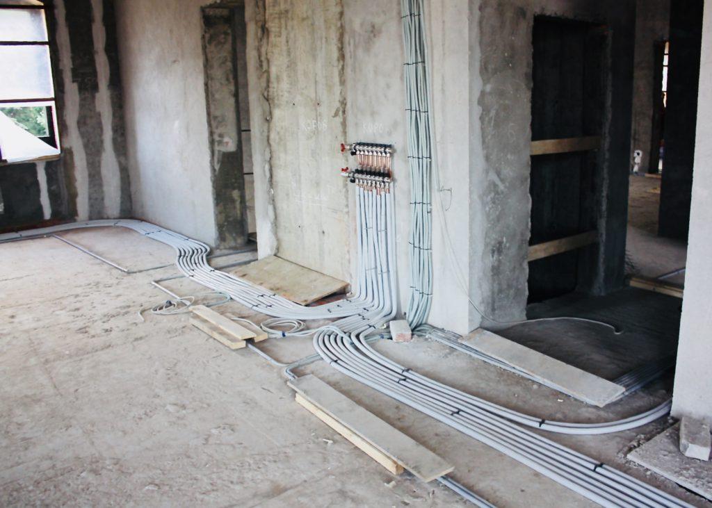 Разводка медных трубопроводов к радиаторам
